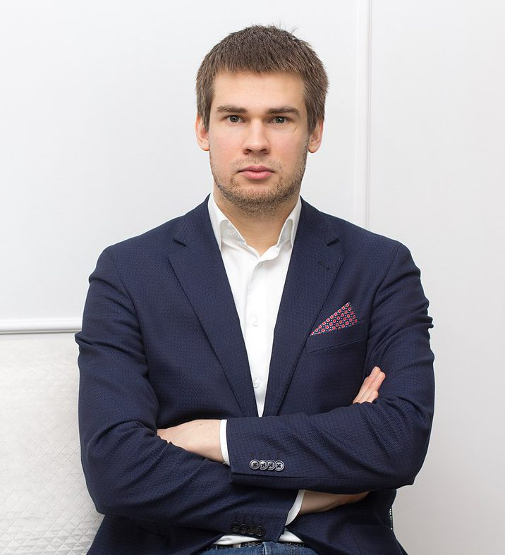 Александр Зайцев, владелец веб-студии, разработка сайтов, создание корпоративных гимнов